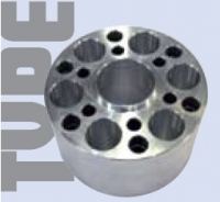 Spacer Metall 68 mm